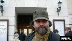 Режиссер Андрей Могучий, его спектакль «Между собакой и волком» получил премию в номинации «Новация» и премию критики
