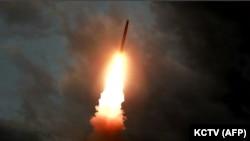 Запуск баллистической ракеты КНДР, 31 июля 2019 года.