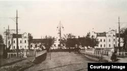 Gara din Chișinău, locul de disilocare al Comandamentului Militar Român din Basarabia (Foto: Radu Osadcenco, Chișinău 1918)
