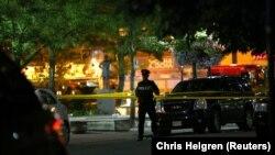 پلیس تورنتو میگوید، تحقیقات در خصوص انگیزههای مظنون تیراندازی یکشنبه ادامه دارد.