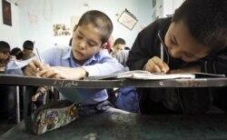 چراغ سبز وزارت کشور برای تحصیل همه دانشآموزان افغان در ایران