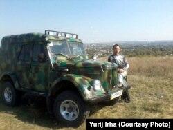 Сватівський козак Юрій Ірха обіцяє допомагати археологам і в подальшому. Фото з Facebook