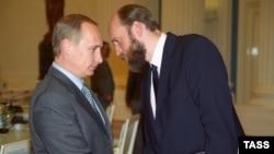 Vladimir Putin və Sergei Pugachev