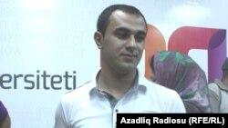 Şeir nominasiyasının qalibi Elmar Şahmar