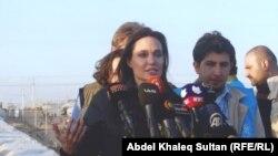 Анджелина Джоли посещает лагери беженцев в Ираке. 26 января 2015 год