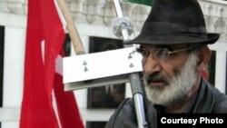 Elman Həsənov (Türkoglu) (Bayraqdar) (arxiv fotosu)
