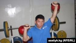 Эсен Калиев машыгуу учурунда.