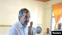 Liderul opoziției, fostul premier Antonis Samaras