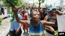 """Oxfam """"nije u potpunosti i iskreno"""" otkrio sve detalje o dešavanjima na Haitiju (stanovnici Haitija nakon zemljotresa 2010, ilustracija)"""