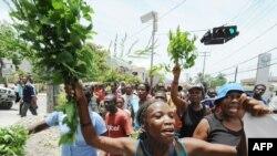 Порт-о-Пренс год назад.