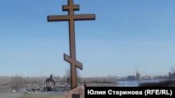 На месте этого креста на набережной Енисея будет кафедральный собор