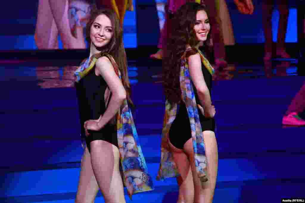 Гүзәллек конкурсында катнашучыларның бикинидагы чыгышлары