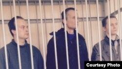 Олег Саввин, Михаил Фельдман и Дмитрий Фонарев на заседании суда