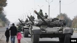 Луганскдаги россияпараст исёнчилар ихтиёридаги ҳарбий техника.