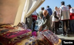 جمعآوری کمکهای مردمی در سنندج