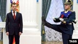 Президент Медведев на встрече с молодыми российскими учеными.