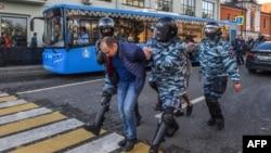 Задержания в центре Москвы, 10 августа 2019