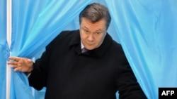 В.Януковіч галасаваў у Кіеве