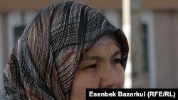 Бақзада Шайбекова, Құсмұрын түрмесінде отырған мүгедек тұтқын Біржан Жарқожаевтың зайыбы. Астана, 11 қараша 2010 жыл
