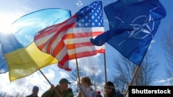 Ваша Свобода | Україна: попри Путіна до НАТО.