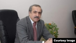 R.Hüseynov