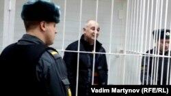 Давлет Алиханов в зале суда. Лето 2015 года