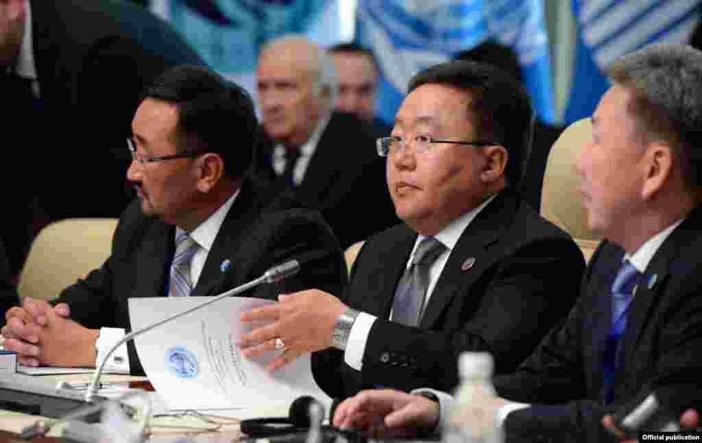Президент Монголии и члены официальной делегации Монголии