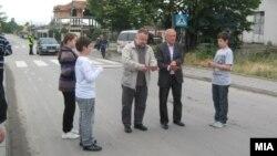 Досегашниот градоначалник на Кисела Вода Маријан Ѓорчев на пуштање во употреба на улица.