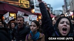 Акція протесту проти результатів референдуму, Стамбул, 17 квітня 2017 року