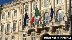 Trst 12. jula kao centar Evrope: Piazza della unita Italia