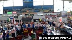 Камароўскі рынак - адно з найлюбімейшых месцаў Боні ў Менску. Фота Leela Cyd