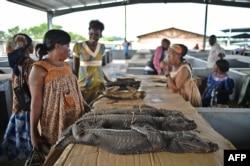 Прилавок на главном рынке Бата - крупнейшего города Экваториальной Гвинеи