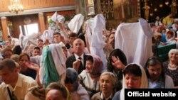 Табиблар халатларын изгеләштерүгә алып килде