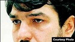 علی اکبر موسوی خوئنی، دبیر سازمان دانش آموختگان، نيزاز ۲۲ خرداد سال جاری در بازداشت به سر برد.