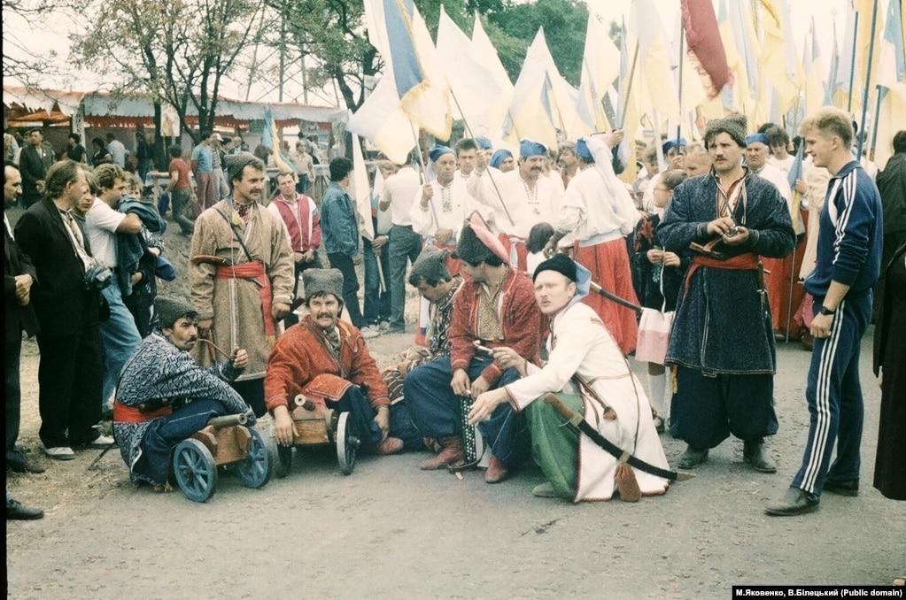 На ювілейних заходах були й козаки із гарматами