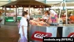 Гандаль мясам на берасьцейскім рынку, архіўнае фота