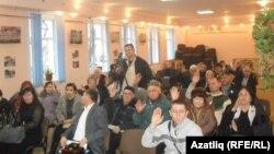 Конференциядә Акмәчет, Акъяр, Ялта, Кизләү, Джанкой районнарыннан делегатлар һәм кунаклар катнашты