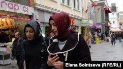 Платки – это красиво, утверждает лидер правящей партии Турции