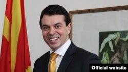 Министерот за надворешни работи на Македонија Никола Попоски