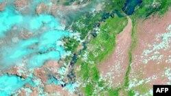 Река Инд, вид со спутника. Август 2010 года.