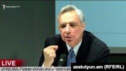 Vardan Oskanian