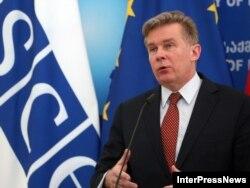 Голова ОБСЄ, міністр закордонних справ Литви Аудронюс Ажубаліс
