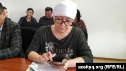 Гражданская активистка Алия Абулхаирова в зале суда. 5 марта 2020 года.
