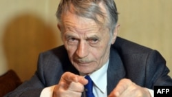 Мостафа Җәмилев май аенда Киевта журналистлар белән очрашуда
