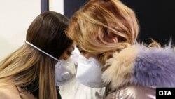 В сряда на летището в София беше направено учение за действие при рязко увеличаване на разпространенето на заразата от коронавирус