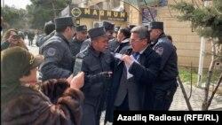 Речник Міністерства внутрішніх справ Ехсан Західов заявив, що акція протесту була незаконною, а учасники не дотримувалися закону