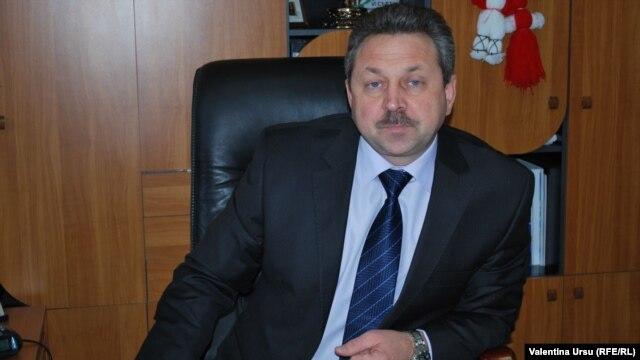 Prof. Victor Cernat