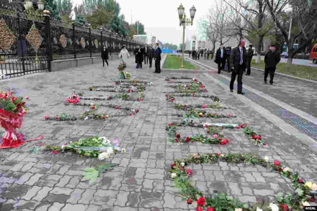 """""""Роза үчүн розалар"""" акциясы #10"""