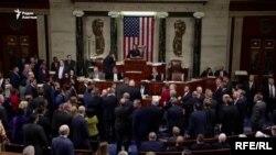 Палата представителей США проголосовала за импичмент Дональду Трампу