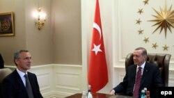 Recep Tayyip Erdogan i Jens Stoltenberg, arhivski snimak